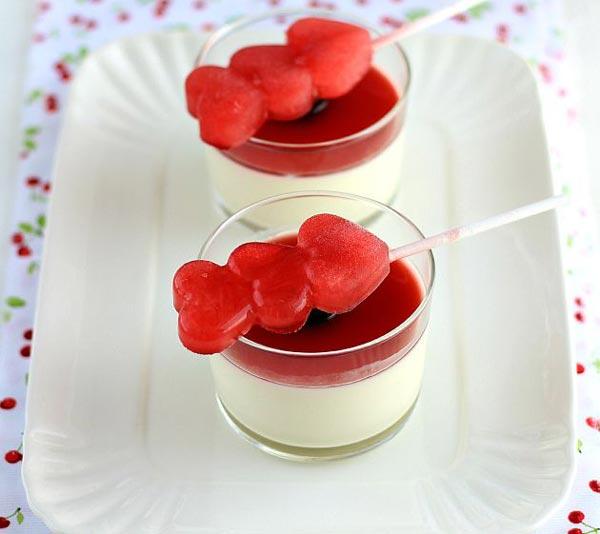 Panna cotta de la saint valentin au thermomix recette thermomix - Panna cotta agar agar thermomix ...