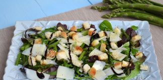 Salade d'asperges et parmesan