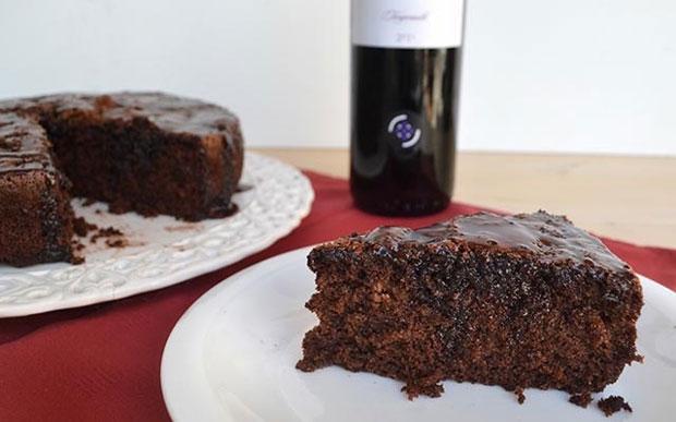 G teau au vin rouge avec thermomix plat et recette - Gateau au vin rouge ...