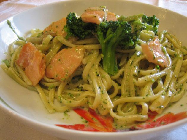 P tes au saumon et brocoli l g res recettes l g res plat et recette - Plat cuisine weight watchers ...