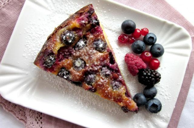 Clafoutis l ger de fruits rouges ww plat et recette - Plat facile et leger ...