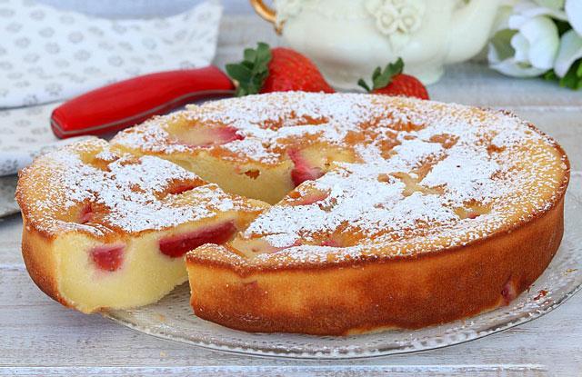 Clafoutis l ger aux fraises ww plat et recette - Plat facile et leger ...