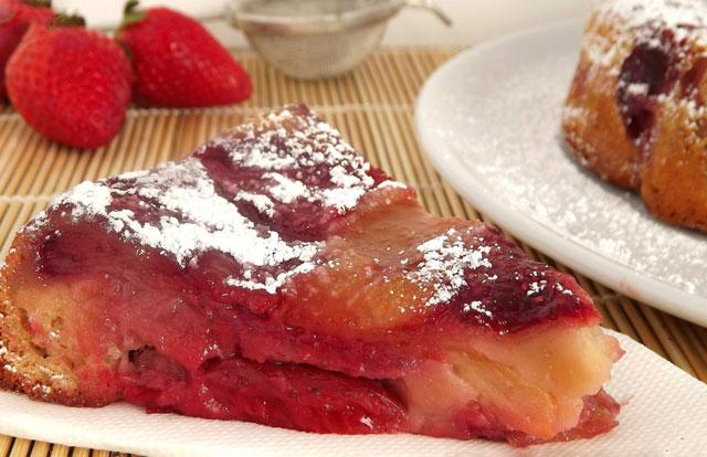 moelleux aux pommes et aux fraises avec Thermomix