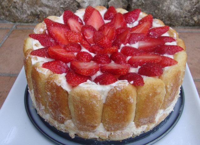 Charlotte aux fraises l g re ww plat et recette - Jeux de charlotte aux fraises cuisine gateaux ...
