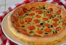 Clafoutis aux Tomates Cerises et Olives Noires WW
