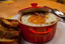 œuf cocotte aux échalotes et au saumon WW